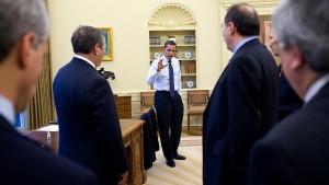 Obama Oval meeting senior staff